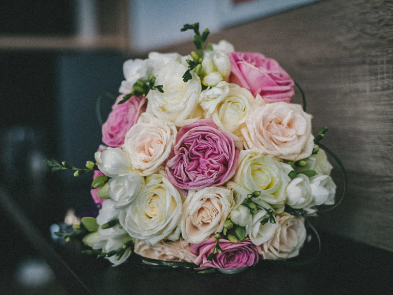 Bouquet-mariee-roses-2